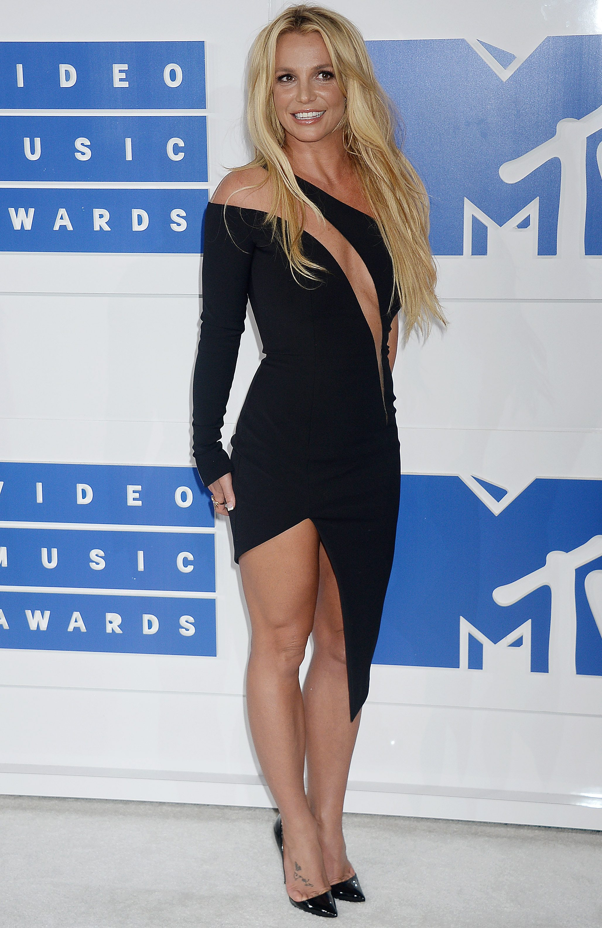 Mandatory Credit: Photo by Broadimage/REX/Shutterstock (5848766bq) Britney Spears 2016 MTV Video Music Awards, Arrivals, Madison Square Garden, New York, USA - 28 Aug 2016 2016 MTV Video Music Awards